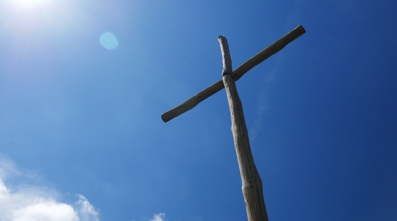 o čem je kříž